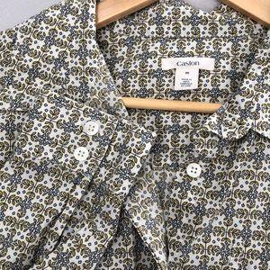 Caslon button up shirt size M